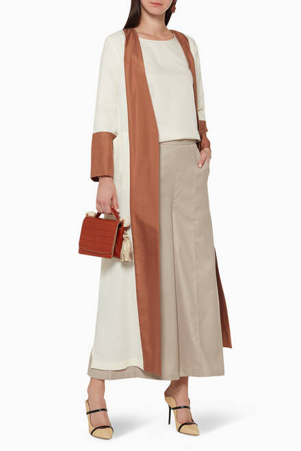 hover state of Panelled Linen Abaya
