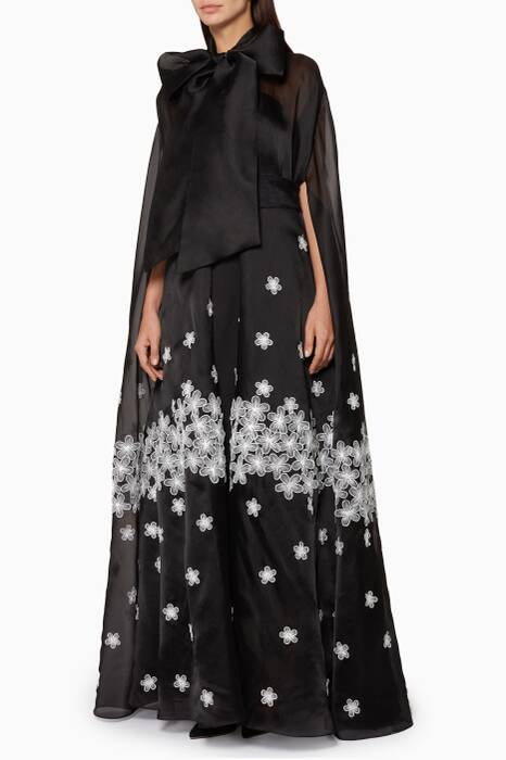Black Flower-Embellished Front-Bow Abaya