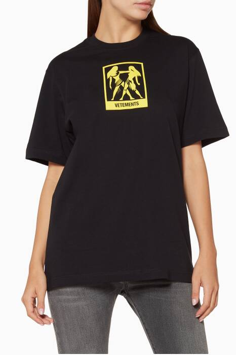 Black Gemini Horoscope T-Shirt